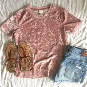 Andeawy Blush Velvet Floral Tee